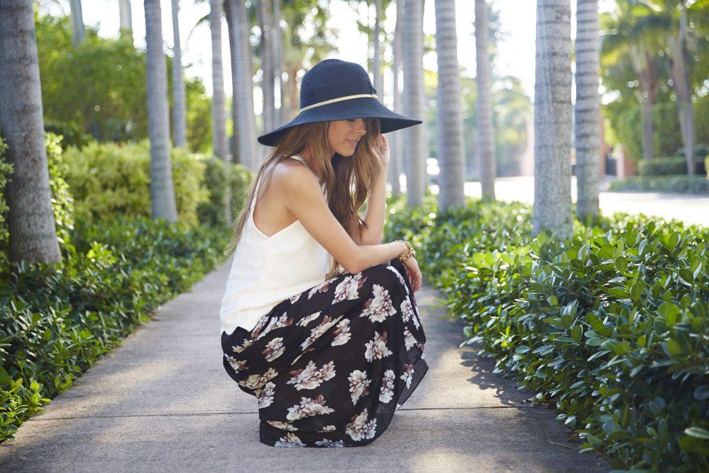 LR-MA_Social_Spring_15_Black_Floral_Pants_Blogger_1602