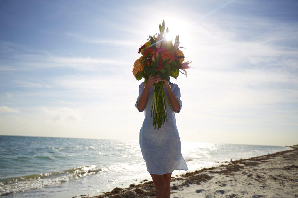 LR-MA_Social_Spring_15_Flowers_Blogger_897